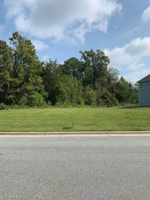 4532 Blackberry Brook Trail, High Point, NC 27265 (MLS #1041953) :: Ward & Ward Properties, LLC