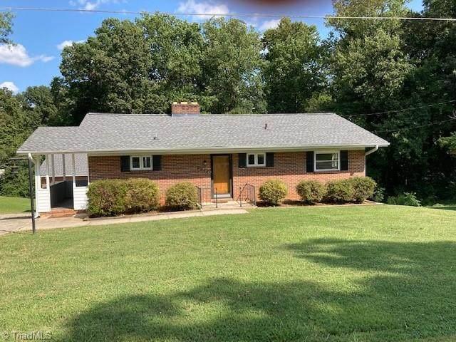 2953 Parkhurst Drive, Winston Salem, NC 27103 (MLS #1042136) :: Ward & Ward Properties, LLC