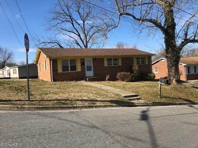 302 N Franklin Street, Reidsville, NC 27320 (MLS #1042434) :: Witherspoon Realty