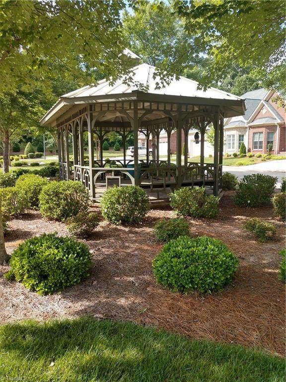 7935 Tranquility Place, Oak Ridge, NC 27310 (MLS #1043027) :: Lewis & Clark, Realtors®