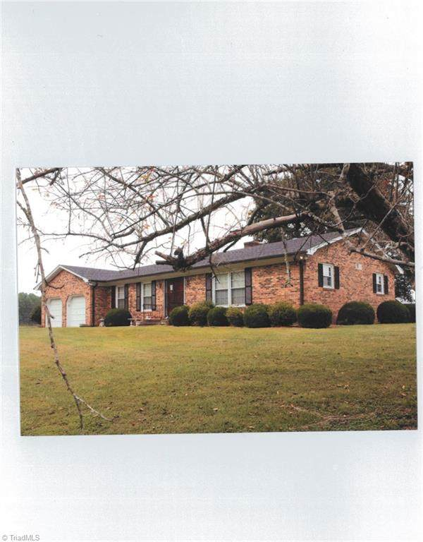 4294 Asbury Road, Westfield, NC 27053 (#1043227) :: Mossy Oak Properties Land and Luxury