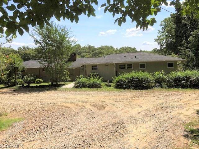 555 Manning Wood Drive, Winston Salem, NC 27105 (MLS #1044553) :: Berkshire Hathaway HomeServices Carolinas Realty