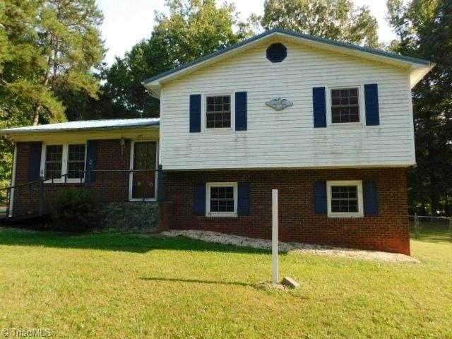 203 Heron Road, Lexington, NC 27292 (#1045313) :: Rachel Kendall Team