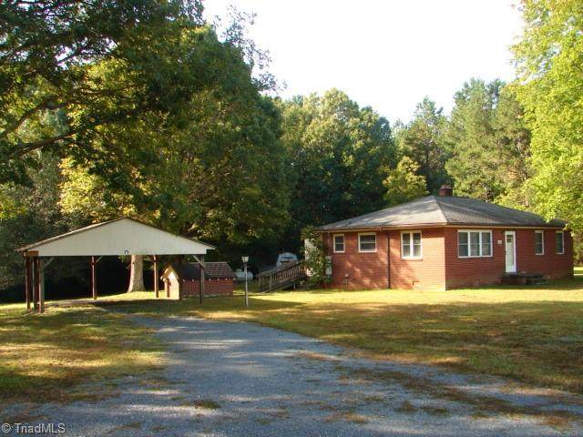 1203 Tory Lane, Asheboro, NC 27205 (MLS #1046114) :: Witherspoon Realty