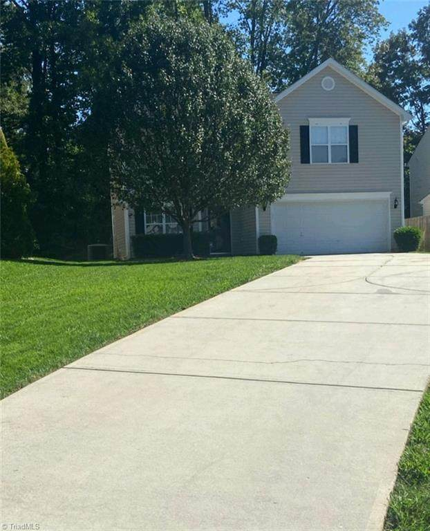 4804 Chapel Ridge Drive, Greensboro, NC 27405 (#1046226) :: Rachel Kendall Team