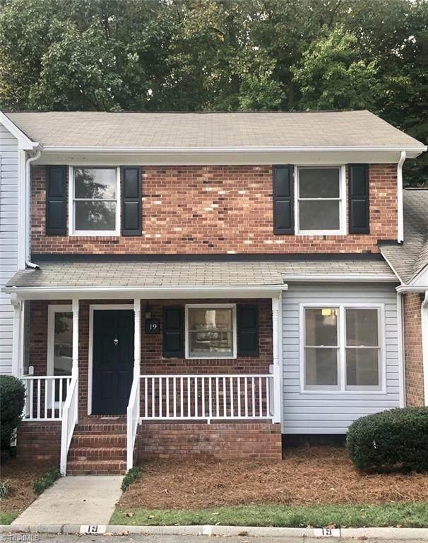 19 Brandy Drive, Greensboro, NC 27409 (MLS #1047138) :: Hillcrest Realty Group