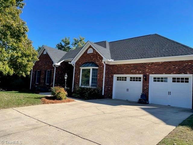 1506 Misty Hill Circle, High Point, NC 27265 (MLS #1047616) :: Berkshire Hathaway HomeServices Carolinas Realty