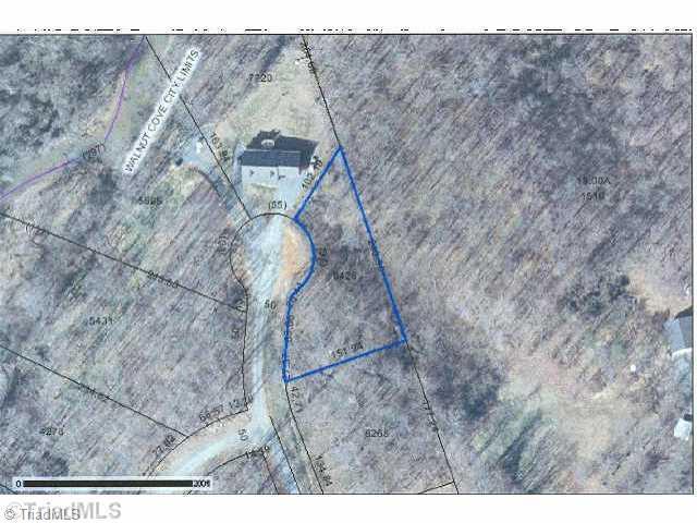 10 Dodson, Walnut Cove, NC 27052 (MLS #696906) :: Kristi Idol with RE/MAX Preferred Properties