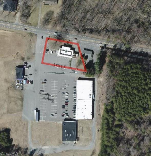 2820 Old Hollow Road, Walkertown, NC 27051 (MLS #811978) :: Lewis & Clark, Realtors®