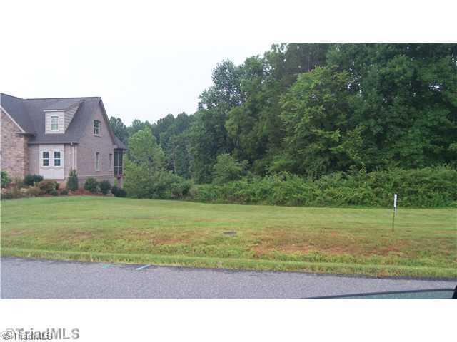 417 Spring Lake Farm Circle, Winston Salem, NC 27101 (MLS #820238) :: HergGroup Carolinas