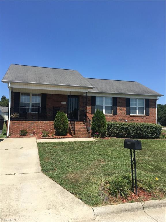 2115 Joseph Mcneil Avenue, Greensboro, NC 27405 (MLS #845576) :: Lewis & Clark, Realtors®