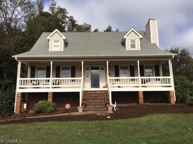 6141 Herinhut Road, Winston Salem, NC 27127 (MLS #854268) :: Kristi Idol with RE/MAX Preferred Properties