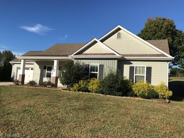 5169 Shallowford Road, Lewisville, NC 27023 (MLS #854733) :: Banner Real Estate