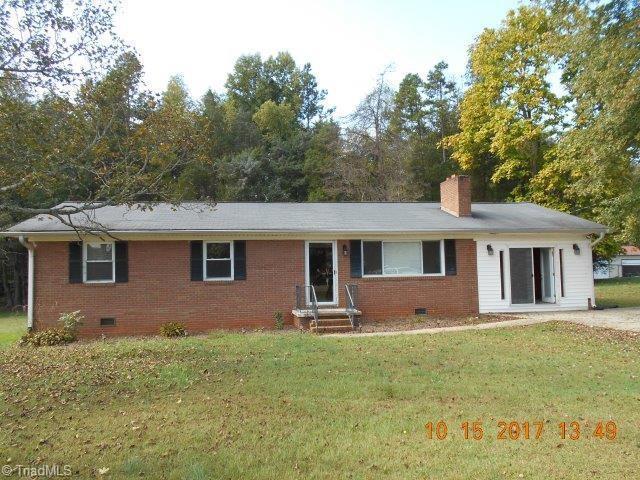 412 Garland Drive, Lexington, NC 27295 (MLS #858605) :: Banner Real Estate