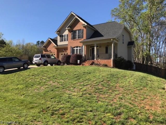107 Chandler Drive, Mocksville, NC 27028 (MLS #859372) :: Kristi Idol with RE/MAX Preferred Properties