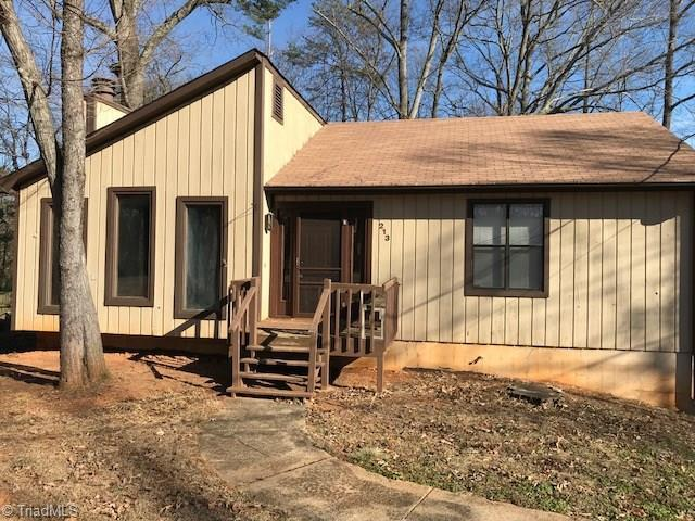 213 Merrimont Drive, Winston Salem, NC 27106 (MLS #871050) :: Banner Real Estate