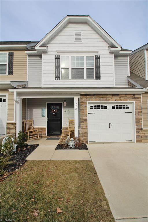 114 Tilleys Grove Drive, Kernersville, NC 27284 (MLS #871449) :: Banner Real Estate