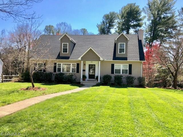 2926 Kinnamon Road, Winston Salem, NC 27104 (MLS #880436) :: Kristi Idol with RE/MAX Preferred Properties