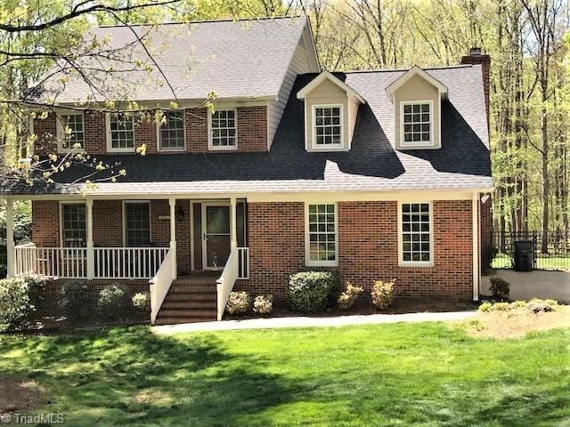 4921 Golden Oaks Drive, Oak Ridge, NC 27310 (MLS #883794) :: Kristi Idol with RE/MAX Preferred Properties