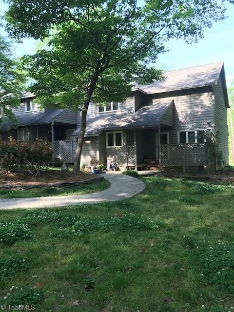 3000 Laurel Springs Drive, Greensboro, NC 27410 (MLS #886058) :: Banner Real Estate