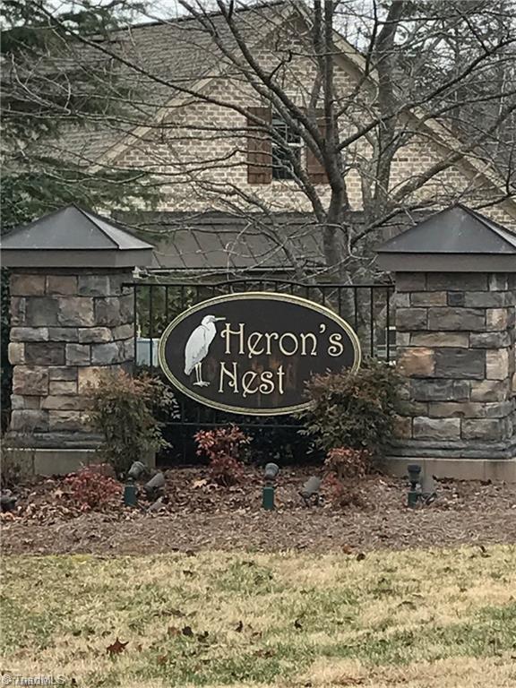 6323 Nesting Way, Oak Ridge, NC 27310 (MLS #887440) :: Lewis & Clark, Realtors®