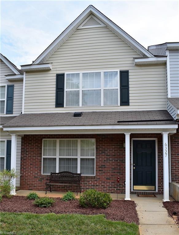 6327 Inkberry Drive, Whitsett, NC 27377 (MLS #887841) :: Banner Real Estate
