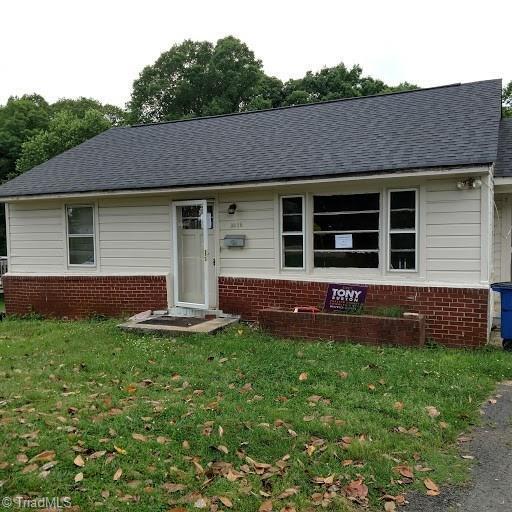 3638 Carver School Road, Winston Salem, NC 27105 (MLS #888030) :: Banner Real Estate