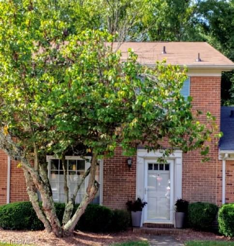 4931 Tower Road D, Greensboro, NC 27410 (MLS #891081) :: Kristi Idol with RE/MAX Preferred Properties