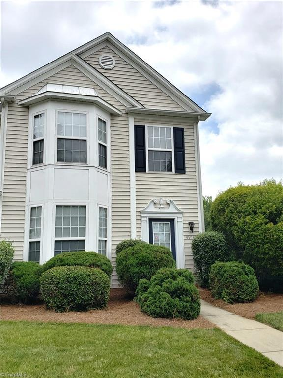 3914 Elizabeth Glen Way, Jamestown, NC 27282 (MLS #891336) :: Lewis & Clark, Realtors®