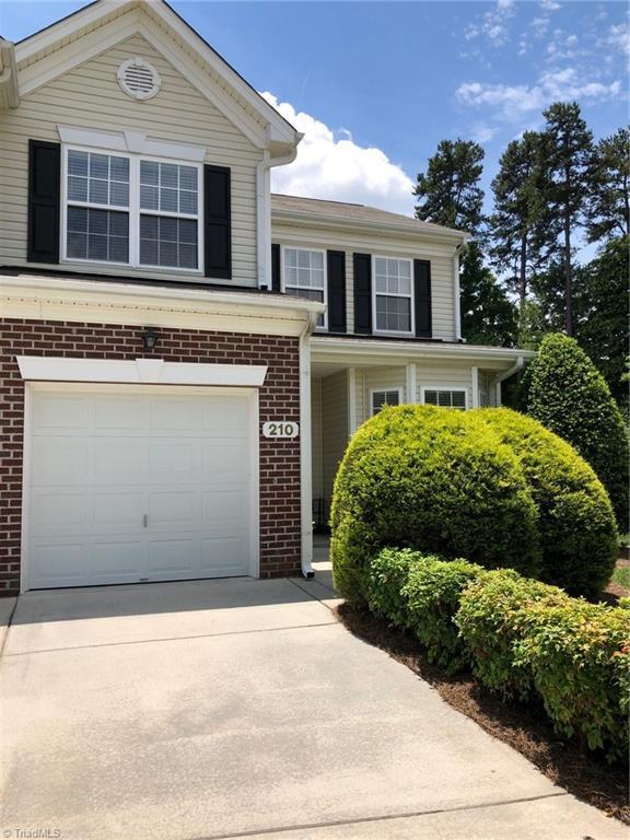 210 Ladyslipper Lane, Jamestown, NC 27282 (MLS #893098) :: Kristi Idol with RE/MAX Preferred Properties