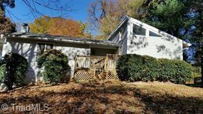 329 Lily Drive, Kernersville, NC 27284 (MLS #895530) :: Kristi Idol with RE/MAX Preferred Properties