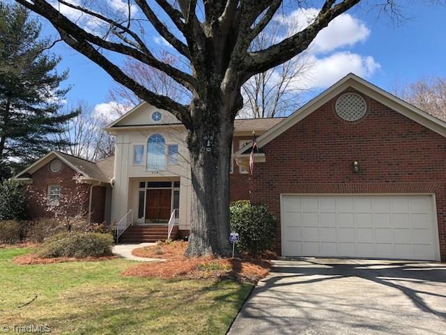 602 Bruton Place, Greensboro, NC 27410 (MLS #895727) :: Kristi Idol with RE/MAX Preferred Properties
