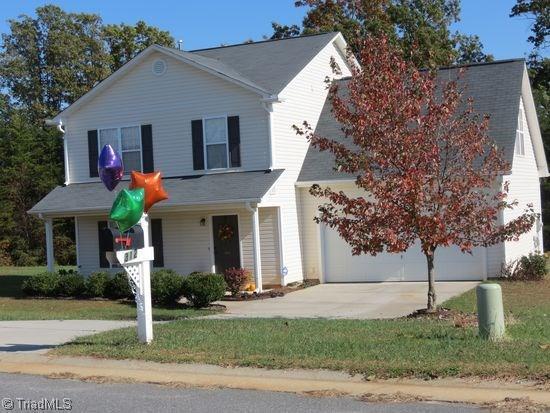 312 Carter Ridge Drive, Reidsville, NC 27320 (MLS #897985) :: Kristi Idol with RE/MAX Preferred Properties