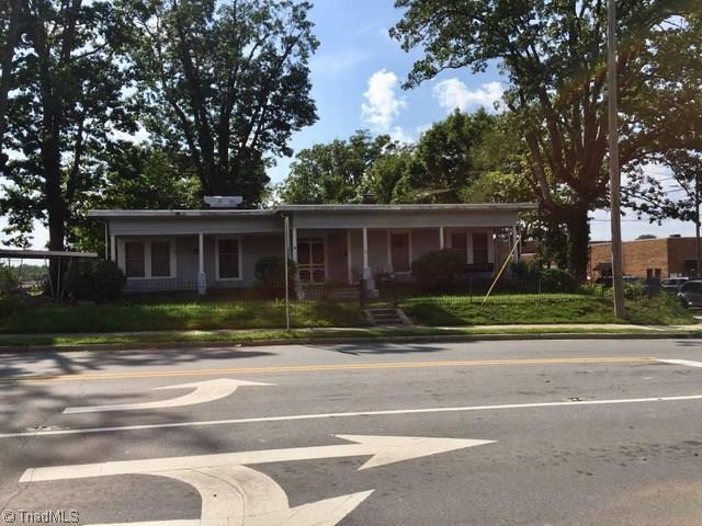 187 N Church Street, Asheboro, NC 27203 (MLS #899459) :: Lewis & Clark, Realtors®