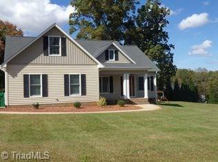 101 Long Pond Court, King, NC 27021 (MLS #899550) :: Kristi Idol with RE/MAX Preferred Properties