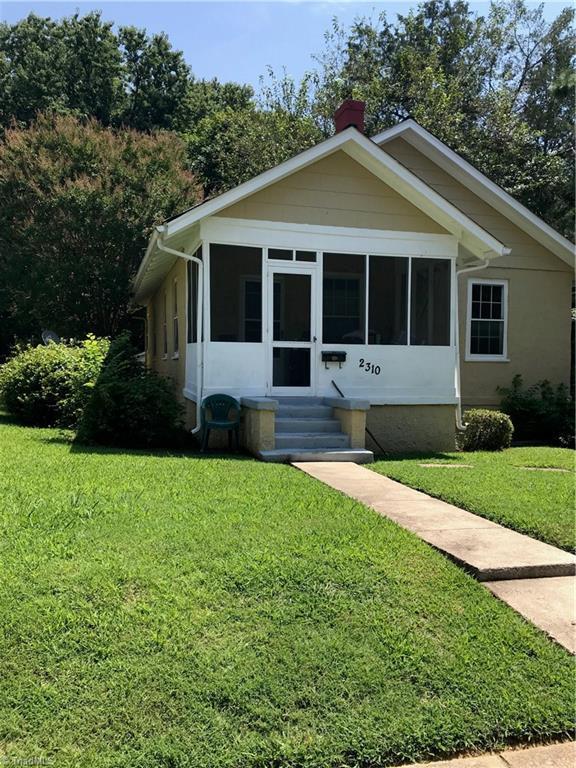 2310 Hubbard Street, Greensboro, NC 27405 (MLS #899726) :: Lewis & Clark, Realtors®