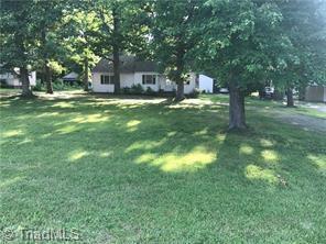 3508 Groometown Road, Greensboro, NC 27407 (MLS #899884) :: Lewis & Clark, Realtors®
