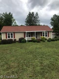 381 Chestnut Grove Church Road, Lexington, NC 27295 (MLS #900344) :: Banner Real Estate
