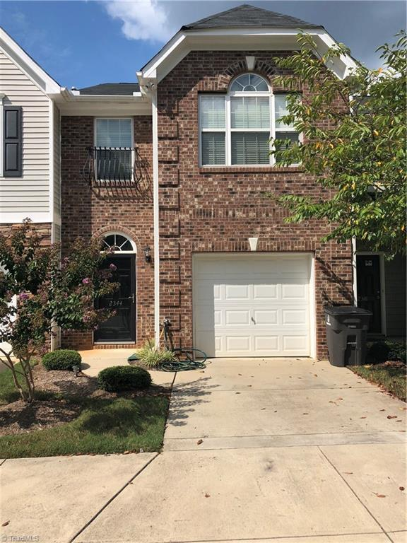2344 Hartfield Circle, Winston Salem, NC 27103 (MLS #901972) :: Kristi Idol with RE/MAX Preferred Properties