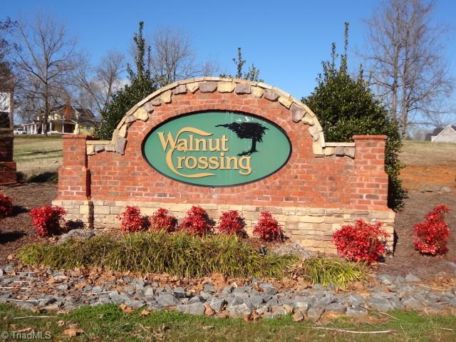 2140 Walnut Crossing Run, Yadkinville, NC 27055 (MLS #905796) :: Berkshire Hathaway HomeServices Carolinas Realty