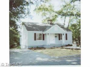 1905 Elwood Avenue, Greensboro, NC 27403 (MLS #908966) :: Kim Diop Realty Group
