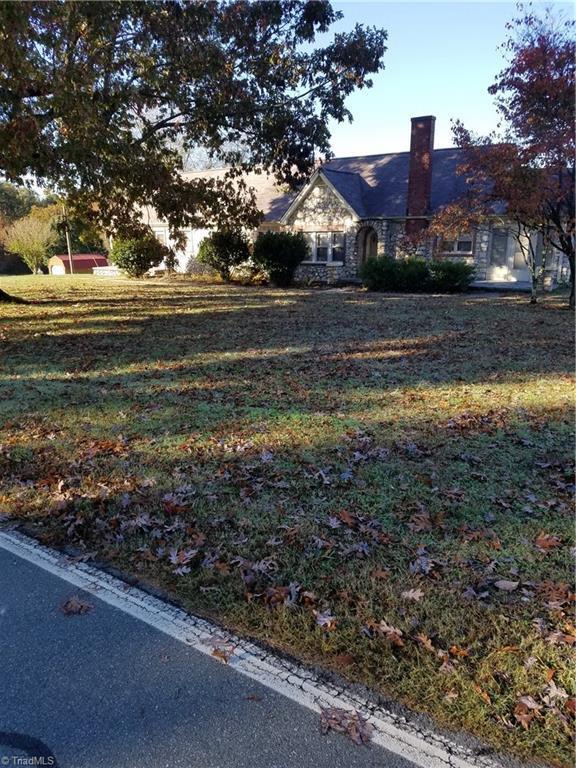 354 Birch Creek Road, Mcleansville, NC 27301 (MLS #909982) :: Kim Diop Realty Group