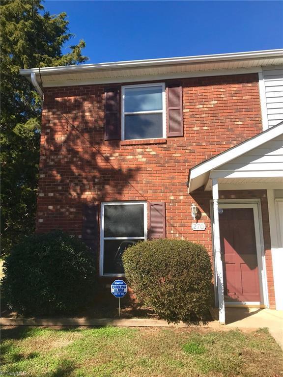 270 Cedarbrook Court, Lewisville, NC 27023 (MLS #910255) :: Kristi Idol with RE/MAX Preferred Properties
