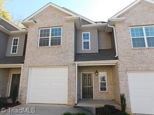 620 Friendway Road, Greensboro, NC 27410 (MLS #910300) :: Kristi Idol with RE/MAX Preferred Properties