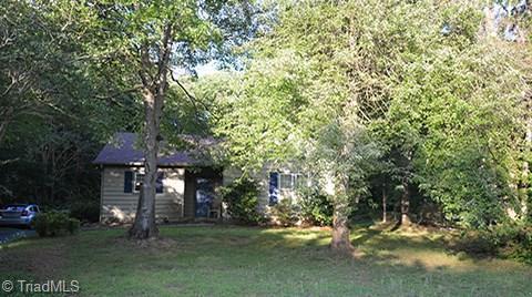 5069 Hutchins Street, Winston Salem, NC 27106 (MLS #910410) :: NextHome In The Triad