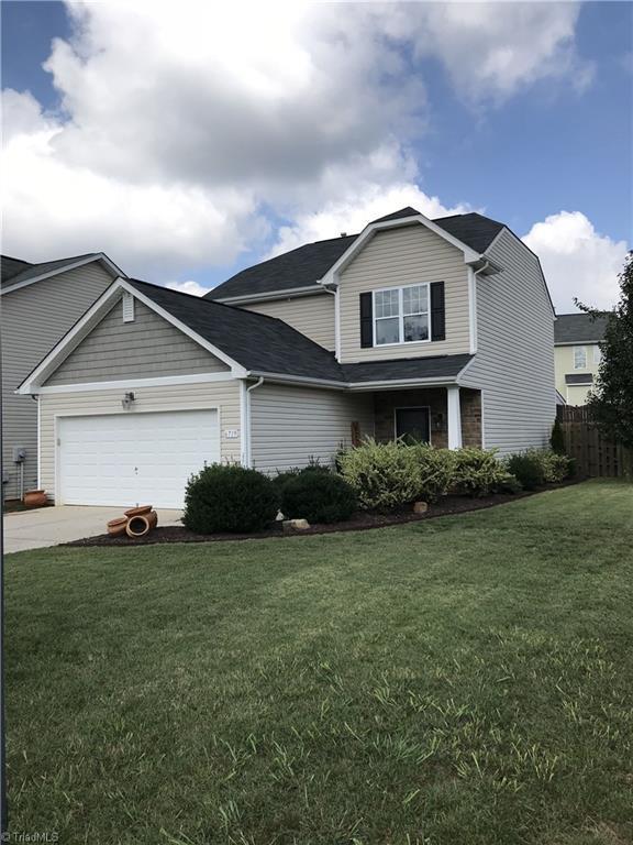 6719 Winners Drive, Whitsett, NC 27377 (MLS #910689) :: Kristi Idol with RE/MAX Preferred Properties