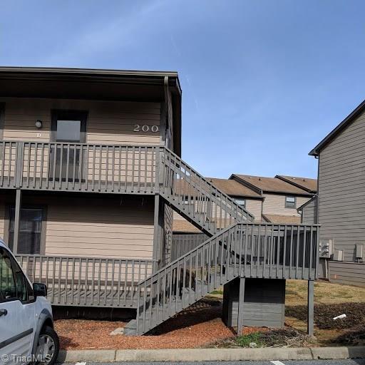 200 Vista Circle D, Winston Salem, NC 27106 (MLS #912693) :: Kristi Idol with RE/MAX Preferred Properties