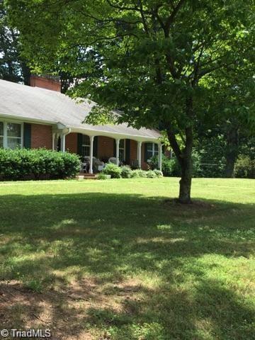 117 Moser Road, King, NC 27021 (MLS #914474) :: Kristi Idol with RE/MAX Preferred Properties