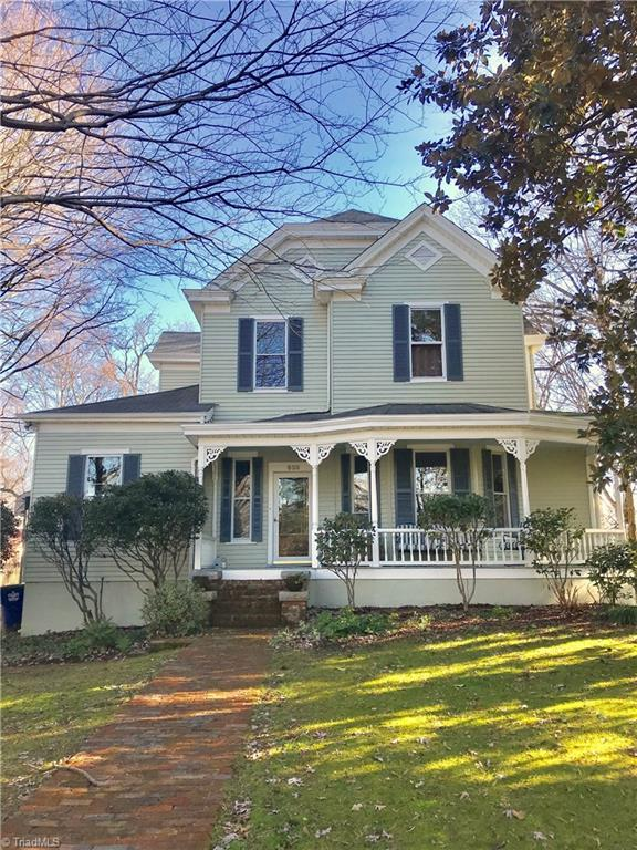 633 N Spring Street, Winston Salem, NC 27101 (MLS #914503) :: NextHome In The Triad