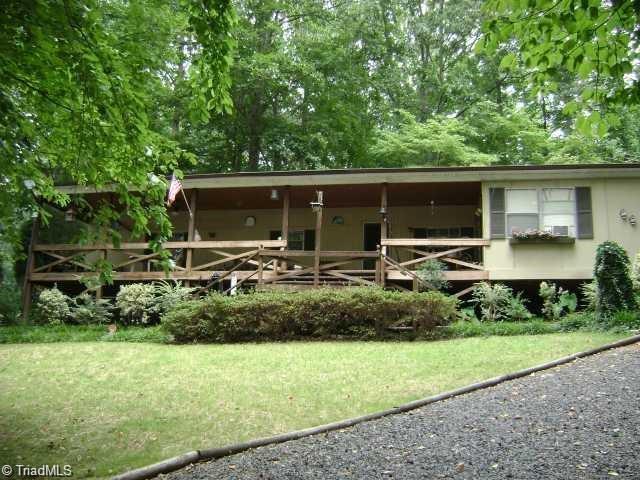 165 Lazy Lane, Salisbury, NC 28146 (MLS #915018) :: Kristi Idol with RE/MAX Preferred Properties